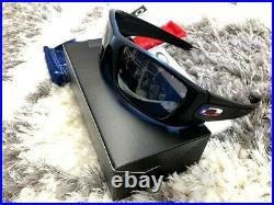 Oakley Fuel Cell OO9096-J160 Matte Black / Black Iridium Sunglasses