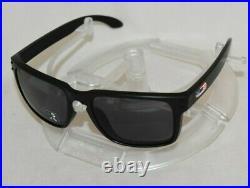 Oakley Holbrook SI USA Flag OO9102-E655 Matte Black / Grey Lens. NEW IN BOX