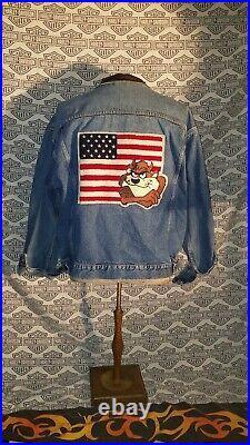 Warner Bros TAZ devil American flag denim jacket Large RARE Looney tunes 4th usa